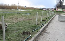 Le kell bontani a velencei Korzó elé húzott kerítést