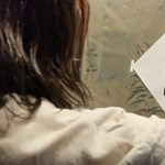 Balhé lett a német színház ajánlatából, hogy horogkereszttel ingyen mehetnek az előadásra