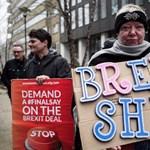Fokozódik a Brexit-helyzet: mai rossz híreink távirati stílusban