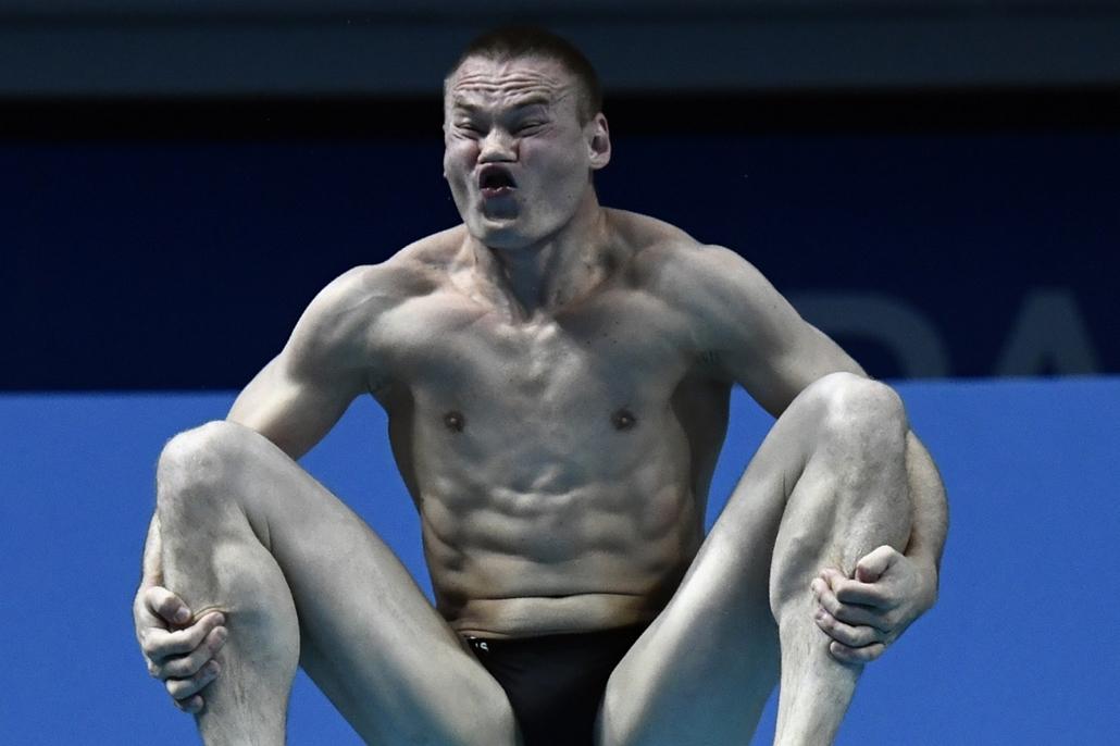 afp.17.07.18. - Az orosz Evgenii Kuznetsov a férfi 3 méteres műugrás számában július 18-án. - fina vizes vb