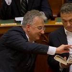 Orbán disznóól-élménye: vicces pillanatok a parlamentből