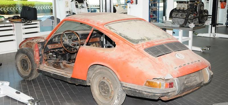Nem fog hinni a szemének, ha meglátja, hogy néz ki most ez a Porsche 911