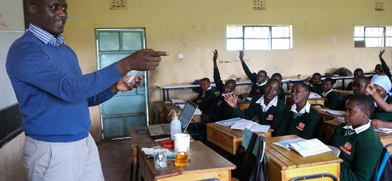 Így tanít a világ legjobb tanára: képválogatás