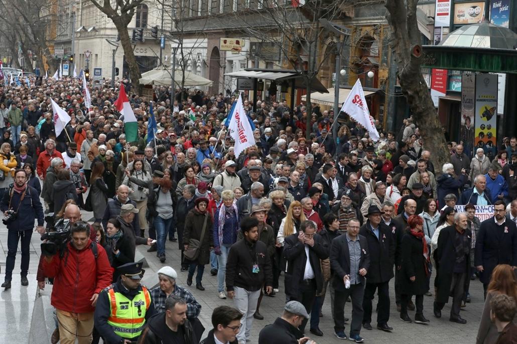 rev.17.03.15. - Március15 - Séta a Köztársaságért - Majtényi László - 17március15