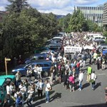 Több százan tüntettek a Corvinusért