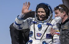 Földet ért a Szojuz űrhajó három asztronautája – fotók