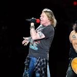 A Guns N' Roses bitangerős előzenekarokkal indul hamarosan turnéra