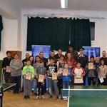 Ilyet még nem látott: rendőr-roma pingpongverseny volt Veszprémben