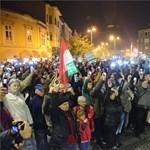 Beintettek Gyurcsánynak a tüntetők