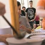 Meleg ételt kapnak a hátrányos helyzetű gyerekek