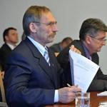 Leváltottak két budapesti rendőri vezetőt