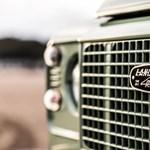 Öldöklő versenyben vagyunk az új Jaguar–Land Rover gyárért