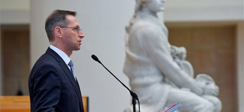 7 ponttal állt elő Varga, szerinte ez kell a magyar gazdaságnak