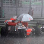 Több előzést a Forma-1-ben: jönnek a mesterséges esős futamok
