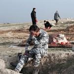 Sokkolta az iraki katonákat a Moszulban feltárt tömegsír – 18+