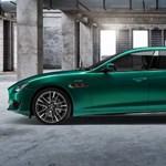 Így száguld az autópályán az 580 lóerős új Maserati – videó