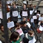 Garázdaság miatt nyomoznak a székházfoglaló diákok ellen
