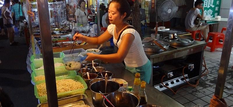 Vida Ildikóék szétcsaptak a kínai éttermek között