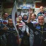Fotó: így érkezett meg az űrbe az olimpiai láng