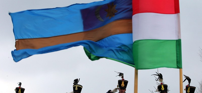 Székely zászló miatt tört ki tankönyvbotrány Romániában