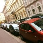 Megnyithatja a parkolóházakat a kormány az ingyenes parkoláshoz