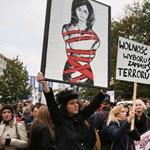 Mégis szigorítanak: halva szülésre kényszerítenék a nőket Lengyelországban