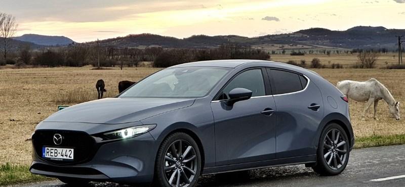 Kicsit benzines, kicsit dízel csodamotor: végre tényleg elkészült vele a Mazda