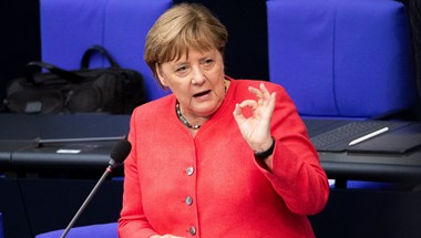 Merkel üzent Orbánnak, aki visszaüzent, csak egészen mást