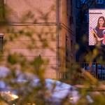 Hiába gyanús a fideszes plakátügylet, az ÁSZ csak a választás után vizsgálja a párt gazdálkodását