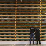 Borzasztóan kockázatos, mégis menedéknek használják a bitcoint