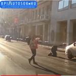 Elütöttek egy gyalogost a zebrán a Rákóczi úton, a kamera mindent vett