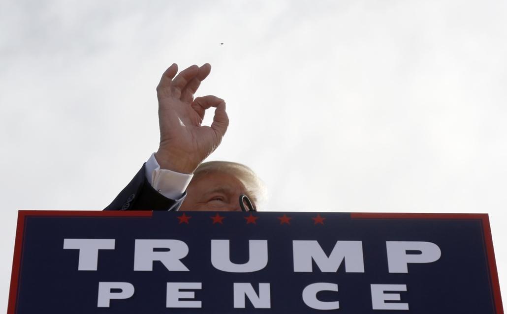 afp.16.10.15. - Portsmouth, New Hampshire, USA: A republikánus jelölt, Donald Trump beszéde egyik kampányállomásán. - republikánus párt