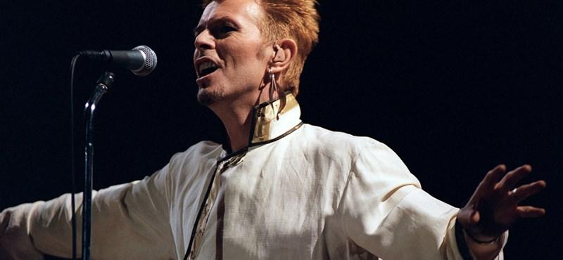 Őrületes licitharc folyt David Bowie első stúdiófelvételéért