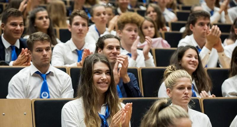 Ezeket a feltételeket kell teljesítenetek, ha ingyen szeretnétek tanulni az egyetemen