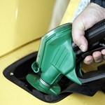 Mától megint mélyebben kell zsebbe nyúlni a benzinkutakon