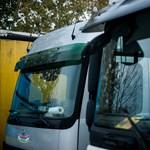 Megint lehet ingyen kamionsofőrnek tanulni