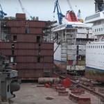 Tudja, hogy bővítenek egy óceánjáró hajót? Szó szerint félbevágják és betoldanak a közepébe – videó