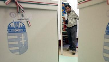 Kisorsolták, milyen sorrendben lesznek a pártok a szavazólapon