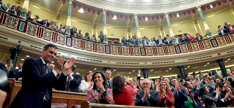 18 lőfegyver volt nála, meg akarta ölni a spanyol miniszterelnököt