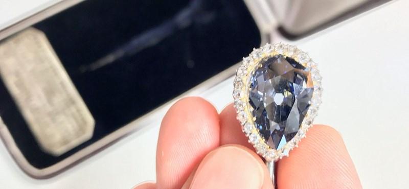 Mesés gyémántért adott valaki 5,6 millió eurót egy genfi árverésen