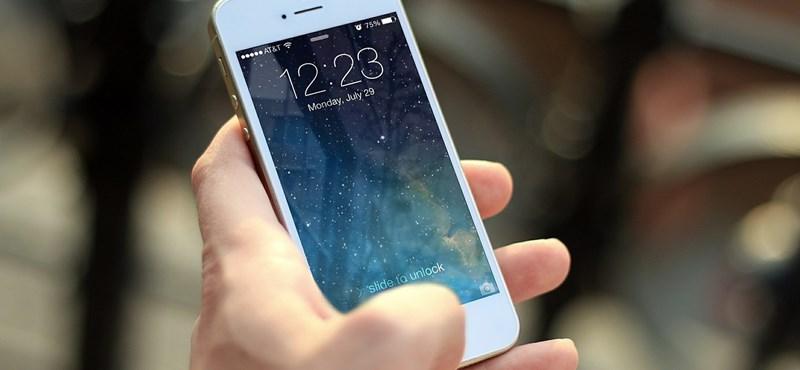Ettől a hírtől garantáltan kiborulnak a diákok: van, ahol betiltották a telefonhasználatot