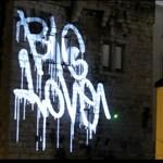 Karácsonyi lézergraffiti a Vodafone-tól (videó)