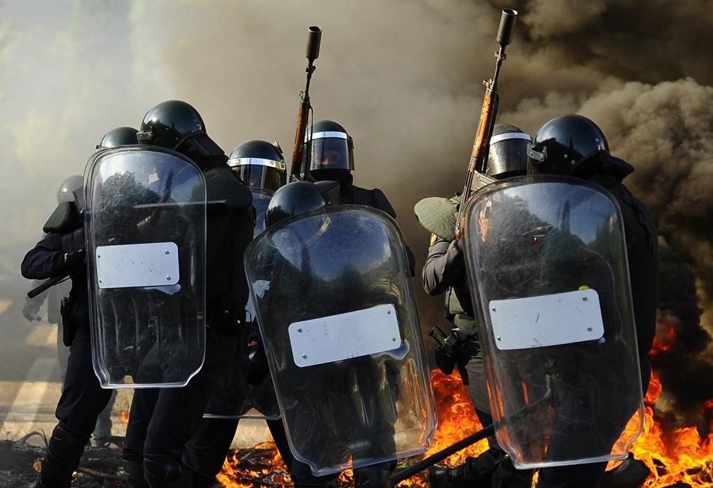 Spanyol bányászok sztrájkolnak