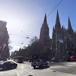 Egy héttel meghosszabbítják a kijárási korlátozásokat Melbourne-ben