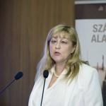 Schmidt Mária: Horthy visszaadta a nemzet önbecsülését
