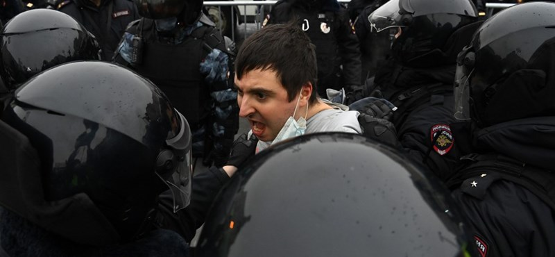 Navalnij újabb szövetségeseit vették őrizetbe