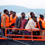 Az EU 6000 eurót fizet annak, aki a tengerből kimentett menekülteket befogadja