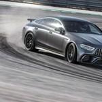 """Nem egy """"zöldautó"""", de itt az egyik legizgalmasabb Merci, az AMG GT kupé"""