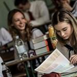 """""""Sajnos az idei évben újfajta, eddig sosem látott feladattípusok voltak"""" - ezt a diákok véleménye a szakmai érettségiről"""