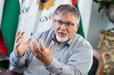 Dézsi Csaba András: Nem a falnak nekimenő ember vagyok
